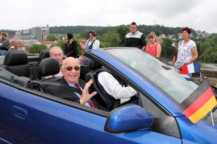Auto mit Ehrenbürgermeister Dr. Appell