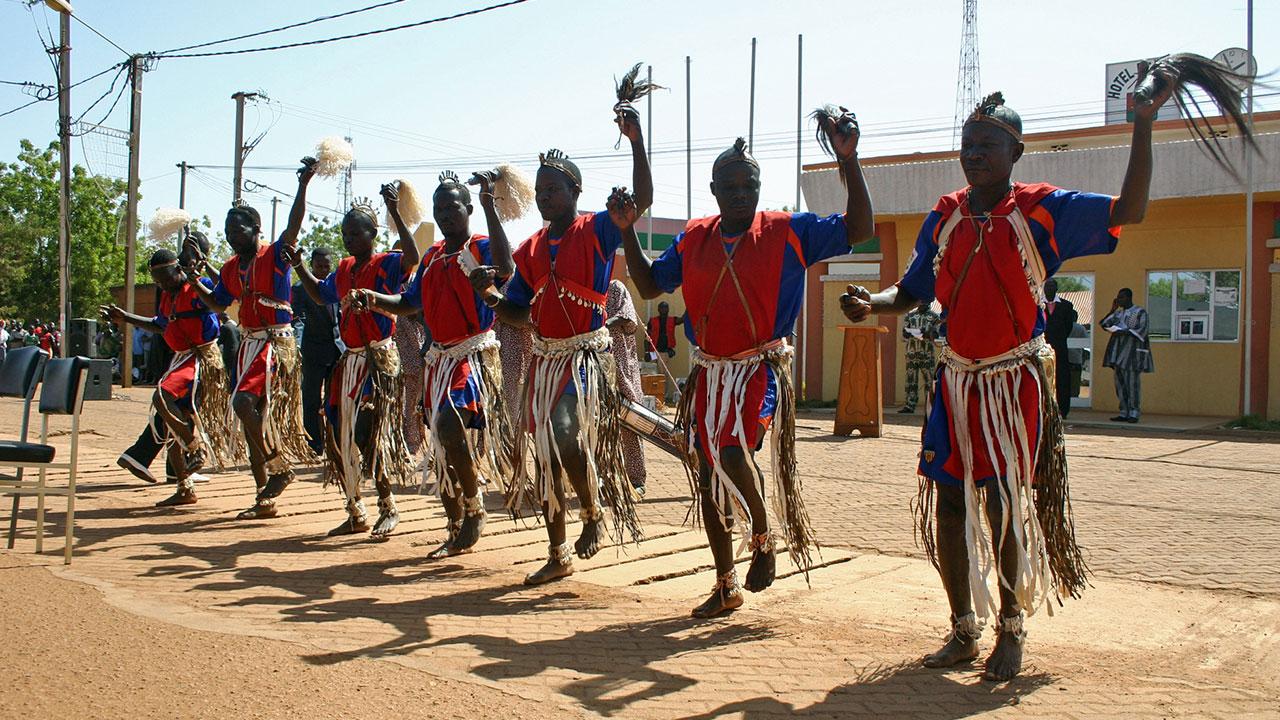 Verschwisterungsfeier zur Unterzeichnung des Partnerschaftsvertrages im Dezember 2010 in Koudougou