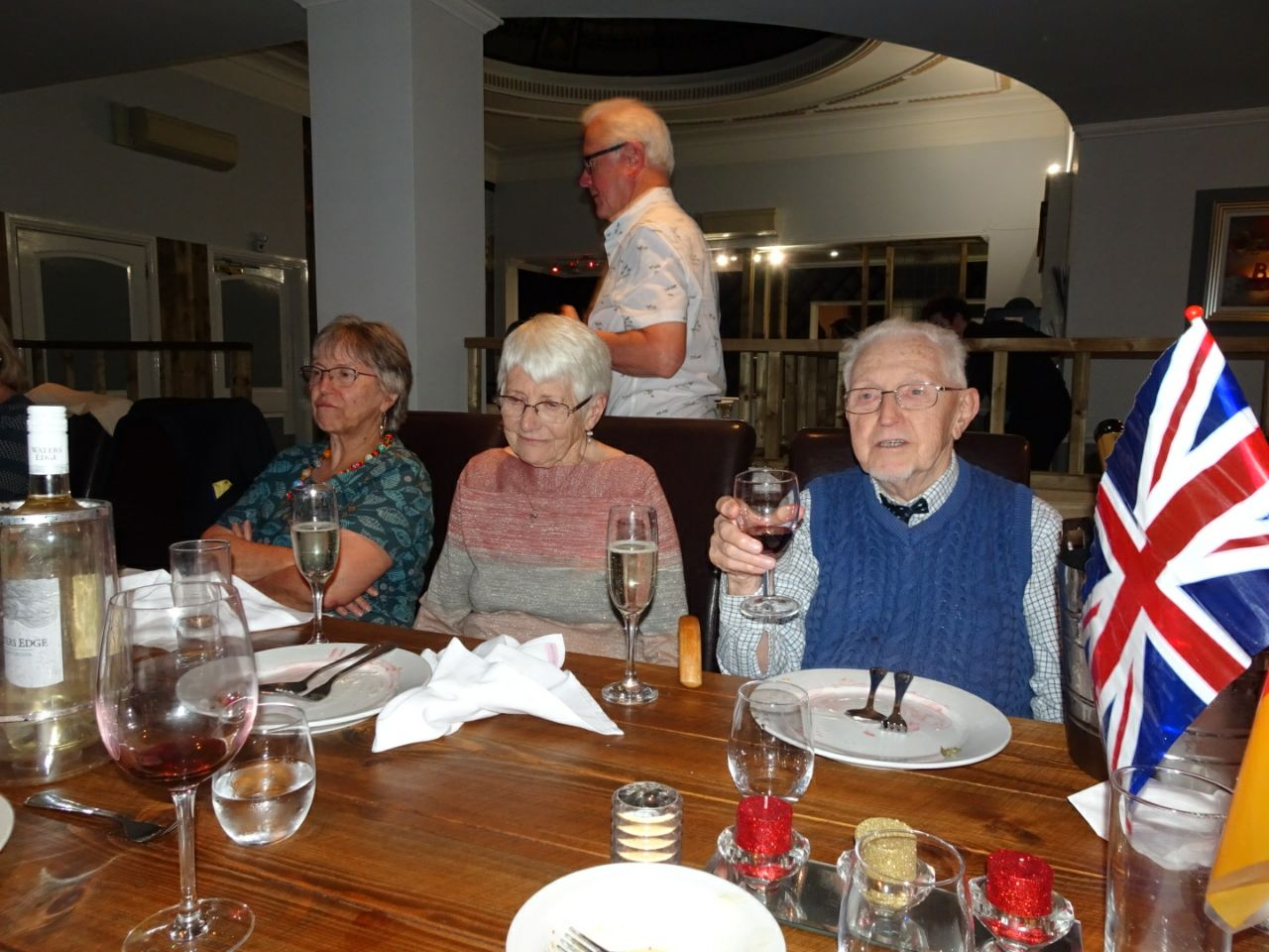 Das Brautpaar – Frau und Herr Attenborough – seit 65 Jahren verheiratet
