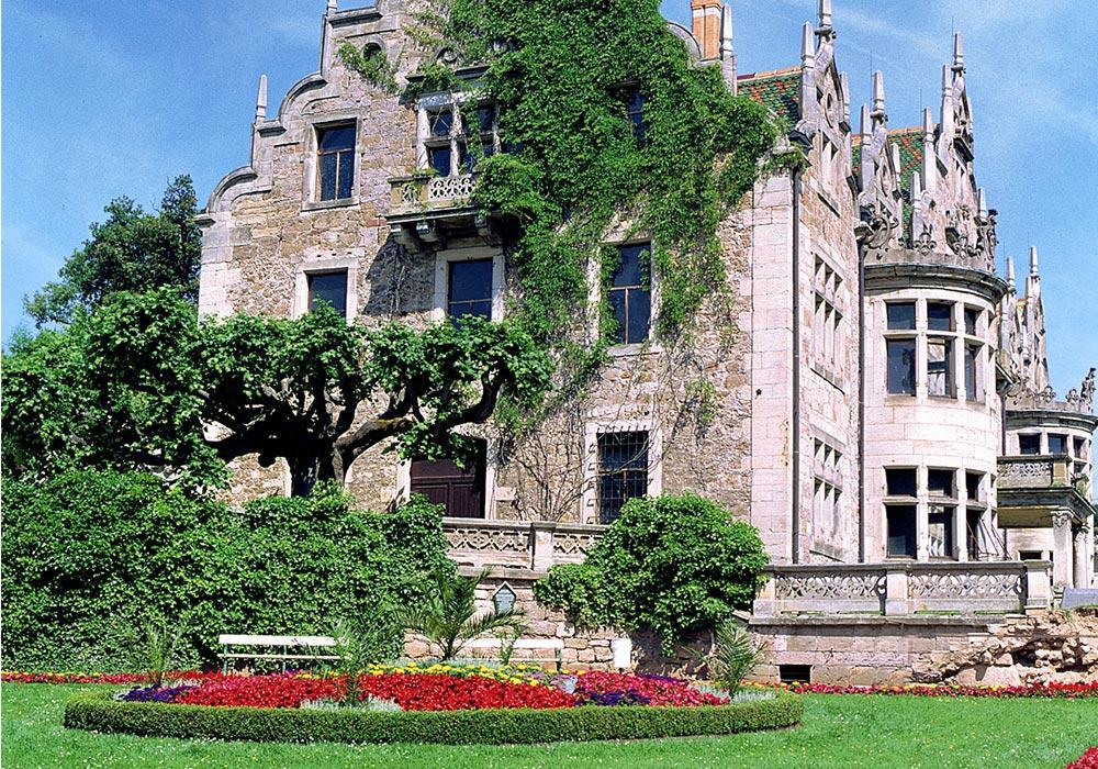 Schloss Altenstein - Mittelpunkt des 160 ha großen Landschaftsparks Altenstein © Hans Wagner