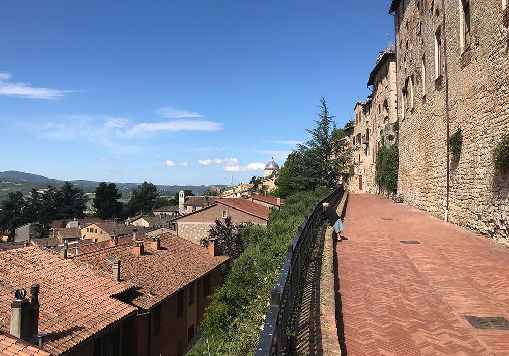 Panoramablick von der Via di Mezzo Muro