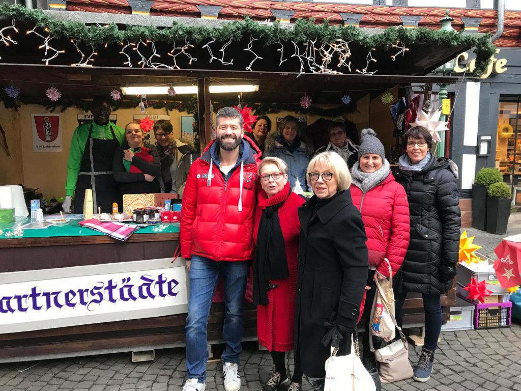 Weihnachtsmarkt Melsungen.Voller Erfolg Beim Weihnachtsmarkt Städtpartnerschaftsverein Melsungen